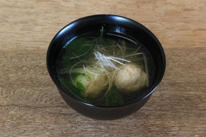 鶏団子と水菜の吸い物