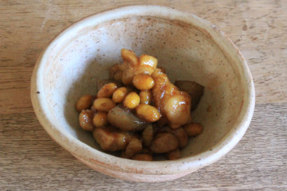 大豆と鶏肉とこんにゃくの辛煮
